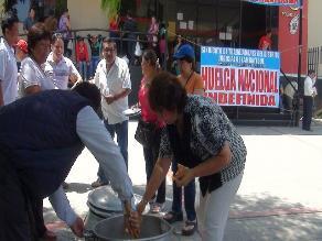 Chiclayo: judiciales hacen olla común en noveno día de huelga