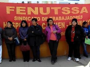 Huancayo: trabajadores asistenciales realizan plantón contra Ley Servir