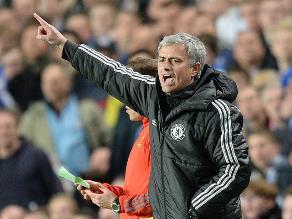 José Mourinho y su emotivo festejo con la clasificación del Chelsea