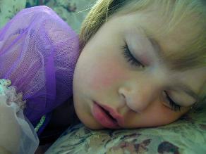 ¿Cómo mejorar el sueño en niños en edad escolar?