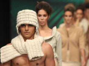 Los looks de Elfer Castro en el Perú Moda