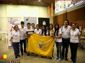 Campeones peruanos de robótica peligran de viajar sin entrenador a EEUU