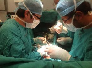 Con Innovador tratamiento de hormonas médicos peruanos salvan vida a bebé