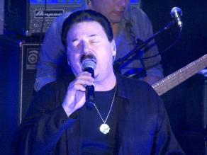 Bobby Kimball despertó la euforia en concierto en Lima