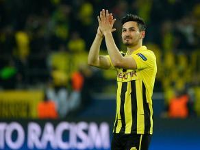 Ilkay Gündogan renueva con el Borussia Dortmund hasta el 2016