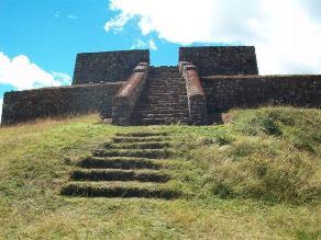 Numerosos turistas visitan Andahuaylas en Semana Santa