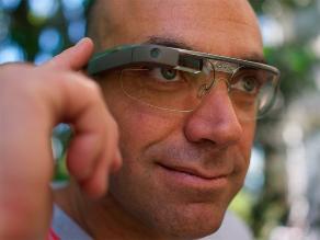 Google agota modelo de gafas inteligentes en día único de venta
