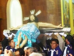 Pisco: se realizó tradicional bajada del Señor de la Agonía por Semana Santa