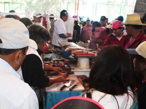 Arequipa: 10 mil personas asisten al terminal por productos marinos