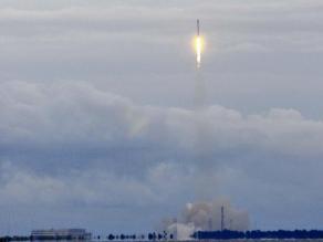 EEUU: SpaceX lanza cápsula Dragon a la Estación Espacial Internacional