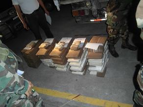 Satipo: Incautan 442 kilos de droga en embarcación fluvial de río Tambo