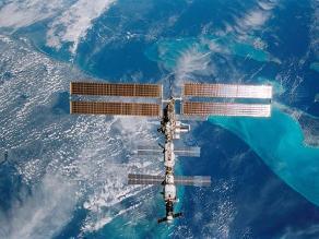 Cápsula Dragon se acopla a la Estación Espacial Internacional