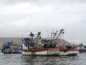 Tumbes: detienen a ecuatorianos que pescaban en territorio nacional