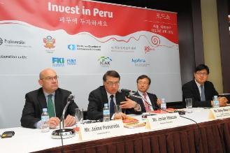Proinversión ofrece proyectos de infraestructura a China