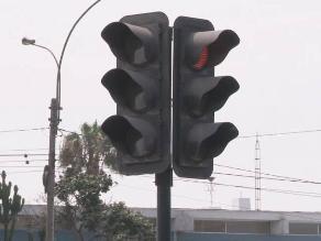 Cruzada Vial propone autoridad única de semaforización en Lima