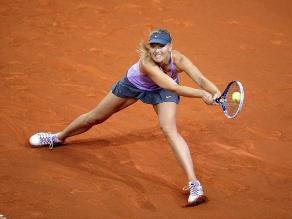 Sharapova sufre en su victoria 100 sobre tierra en torneo de Stuttgart