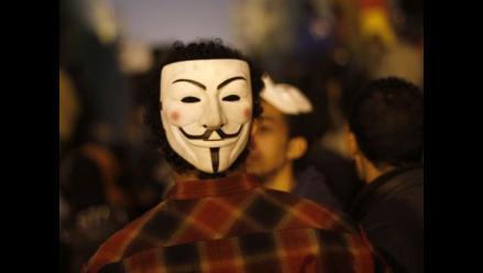Policía de Camboya detiene a dos activistas de Anonymous