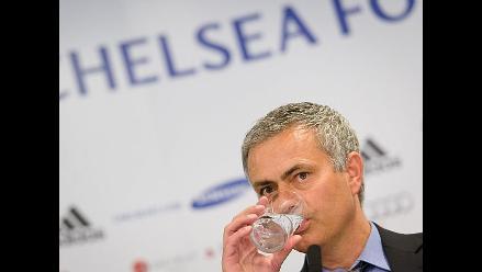 La FA acusa a Mourinho de