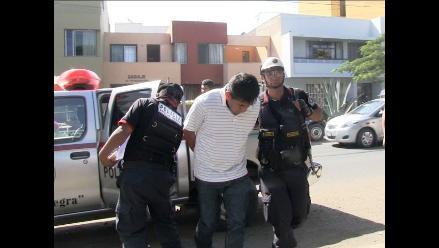 Trujillo: tras balacera policía captura a dos asaltantes de camiones