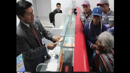 Peruana más longeva estrenó su DNI y accedió a beneficio de Pensión 65