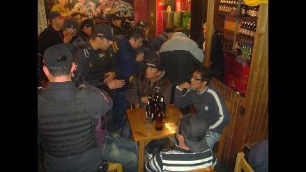 Quillabamba: vecinos protestan por invasión de discotecas y cantinas