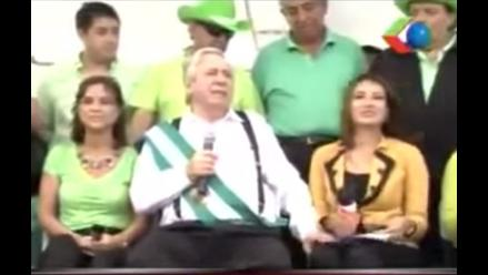 Bolivia: Alcalde manoseó muslo a periodista durante entrevista