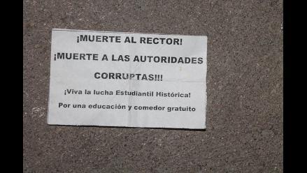 Aparecen panfletos con amenazas a rector en Ayacucho