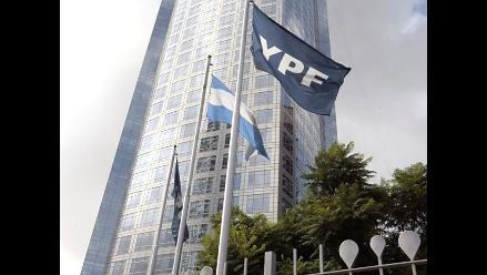Repsol inicia su salida de Argentina y vende el 12% de YPF