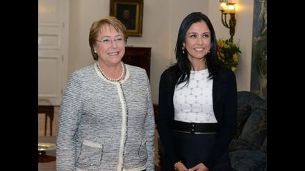 Bachelet y Nadine Heredia se reunieron en Palacio de La Moneda