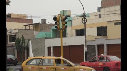 Chimbote: peritaje revela sobrevaloración de semáforos inteligentes