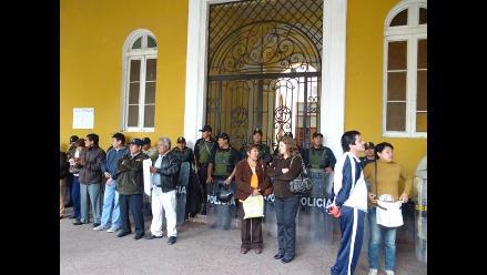 Trabajadores de Municipalidad Provincial de Ica acatan paro de 24 horas