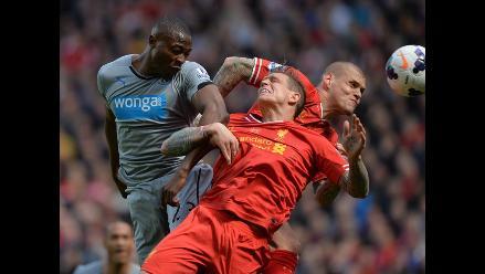 Liverpool se queda con las manos vacías pese a ganar al Newcastle