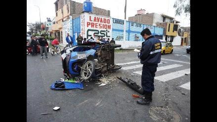 Tumbes: choque entre automóvil y mototaxi deja un muerto