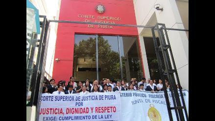 Trabajadores judiciales suspenden huelga en Piura