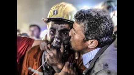 Video: Rescate de mineros tras explosión en mina de Turquía