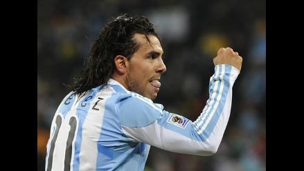 Carlos Tévez acaba con polémica y pide aliento a selección argentina