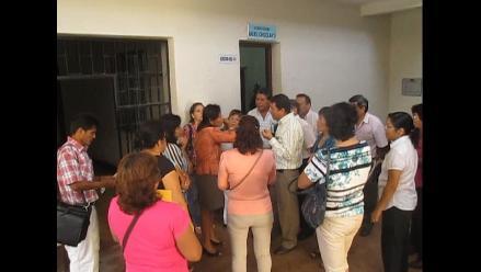 Profesores de Cebas protestan por pagos en Ugel Chiclayo