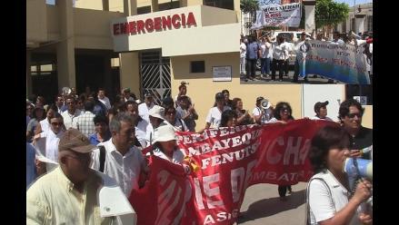Lambayeque: médicos y asistenciales del Minsa permanecen en huelga