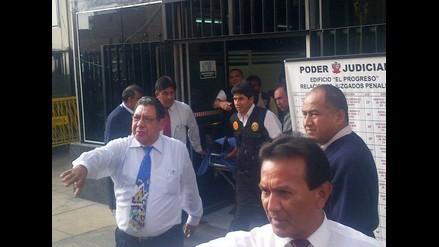 Guillermo Alarcón sufre descompensación y se aplaza lectura de sentencia