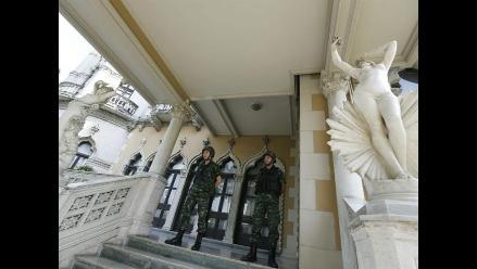 Militares censuran los medios de comunicación en Tailandia