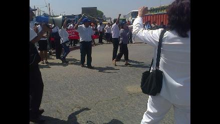 Lambayeque: médicos y asistenciales tomaron Panamericana Norte