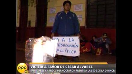 Simpatizantes y familiares realizaron vigilia por César Álvarez