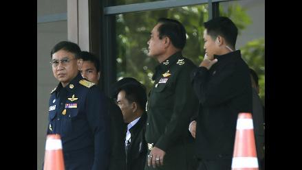 El jefe de la junta militar en Tailandia se autoproclama primer ministro