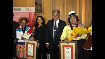 Junín: condecoran a mujeres representantes del arte y la superación