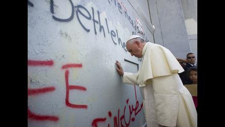 Papa Francisco denuncia el muro que divide a los palestinos