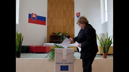 Socialdemócratas ganan los comicios europeos en Eslovaquia, según sondeo