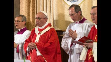 Se abre el debate: El papa ve ´puerta abierta´ para discutir el celibato