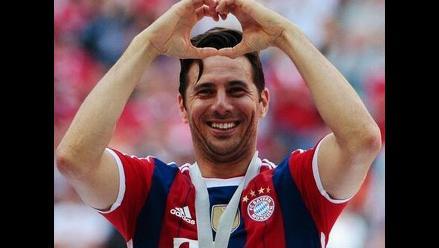 FIFA resaltó renovación de Claudio Pizarro con el Bayern Munich