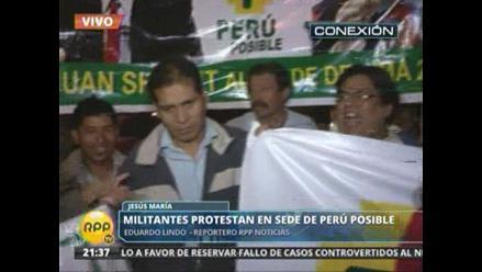 Militantes de Perú Posible exigen candidato propio para Lima