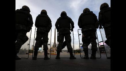 Junta militar tailandesa libera al primer ministro y otras 32 personas